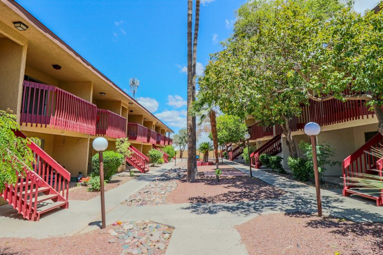 THE PLACE AT SPANISH TRAIL Tucson Apartments (3)